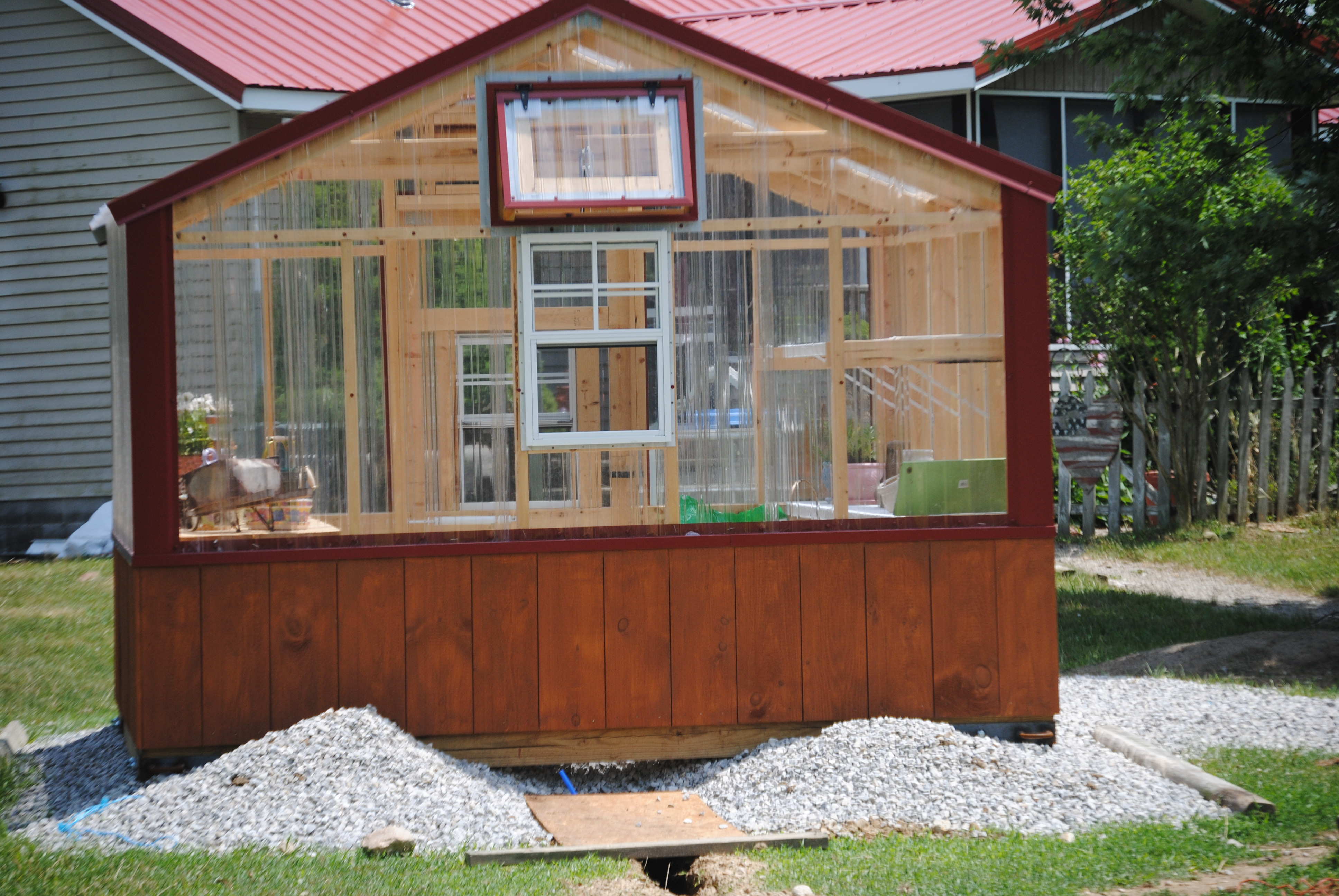 Guinea pig house plans escortsea for Guinea pig homes