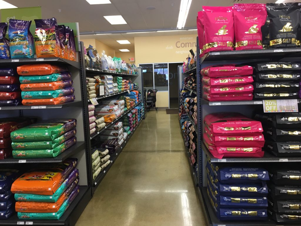 The Top 4 Myths About Pet Food Ingredients