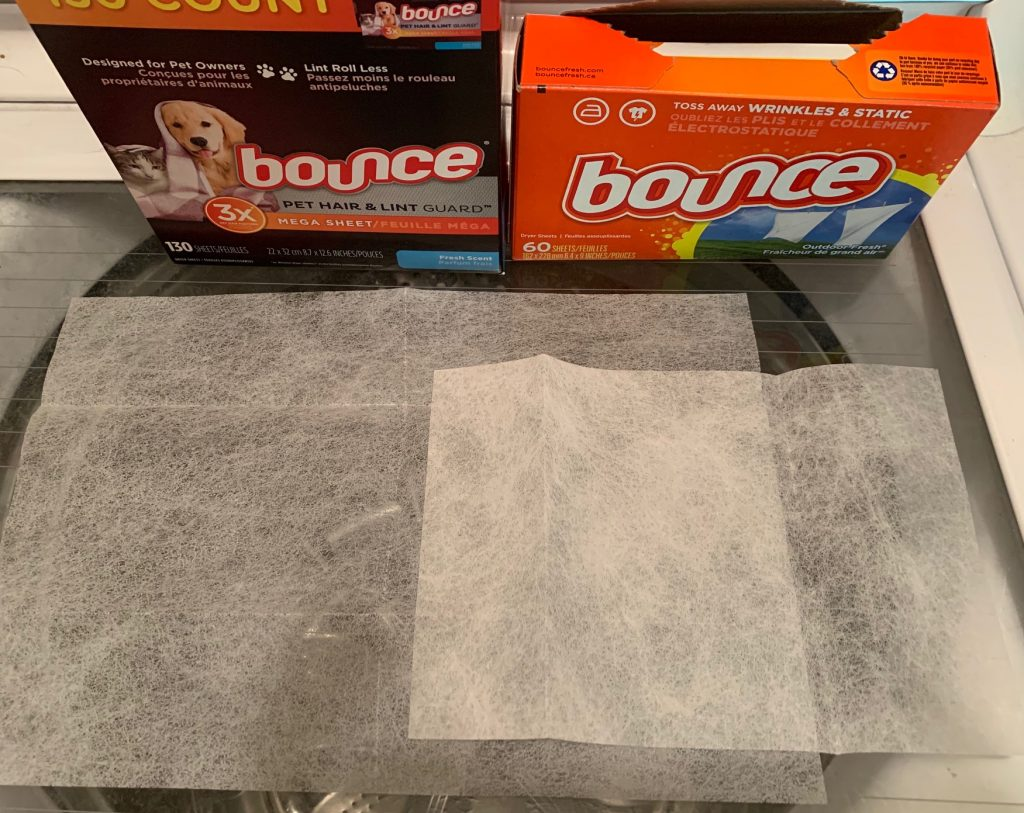 comparison size of bounce regular dryer sheets and pet hair dryer sheets