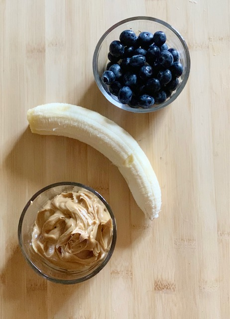peanut butter, banana and bluenerriess for frozen dog treat recipe